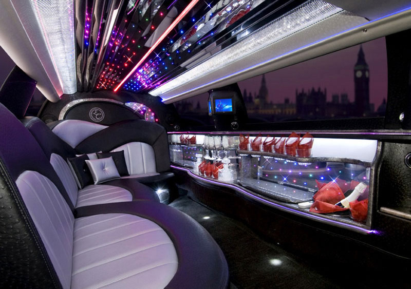 silver limousine ka limo hire limousine hire in ayr ayrshire. Black Bedroom Furniture Sets. Home Design Ideas